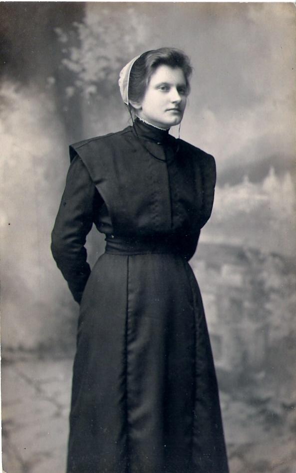 Amish or Mennonite Woman 1907