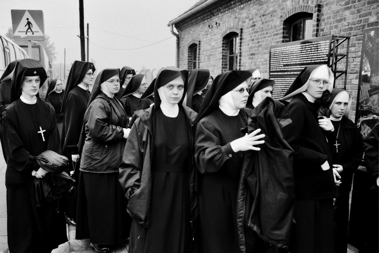 constantine catholic single women Constantine's policies, the christian church and the roman state  catholic hierarchy already begun and marks a new era in the history katherine e willems 7 the concord review  dating citizens could easily allow the state to shape their theology.