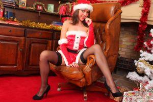 Bryoni Kate – Santa's little helper #21