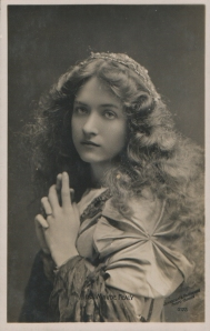 Maude Fealy (Rotophot 0175)