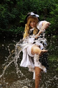 marisa_kirisame_touhou_cosplay_by_k_a_n_a-d3i4znu