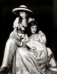 Lillian and Dorothy Gish by Alfred Cheney Johnston c.1920(1)