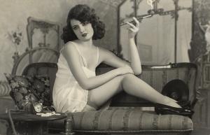Retro smoking 1920's style