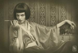 Smoking 1920′s style