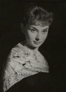 Audrey Hepburn by Bassano c1952