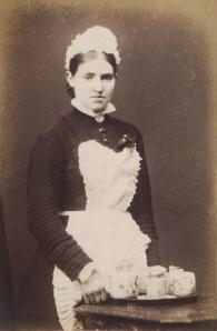 1880 - 90's maid CDV