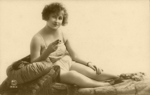 Smoking 1920's style