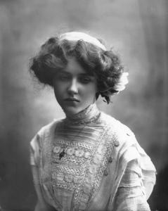 Mamie Whittaker -  Bassano 1910