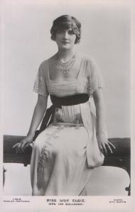 Lily Elsie (J. Beagles 179 O)