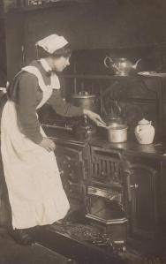 Edwardian Housemaid - 1905