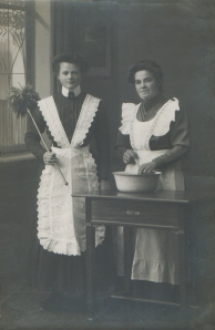 German maids 1910