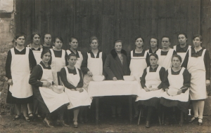 Maids c1920
