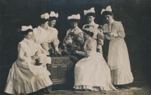 Seven Edwardian Maids - 1911