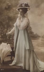Edwardian Lady (3511-4)