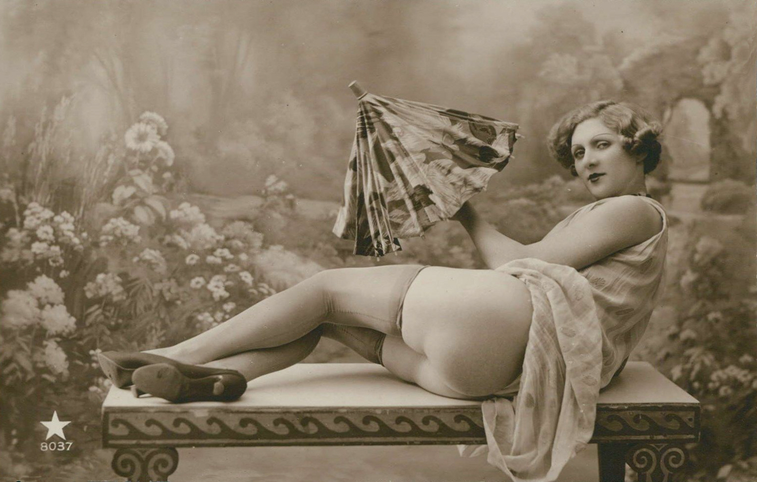 nude-remixes-antique-erotic-postcards-and