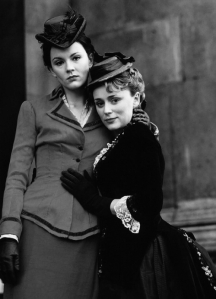 Rachael Stirling & Keeley Hawes in Tipping the Velvet (2002)