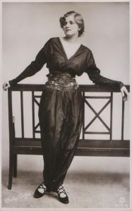 Gladys Cooper (Rotary B.72-6)