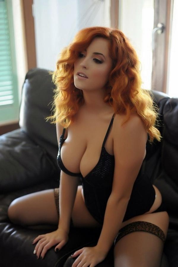 Big tits video milf
