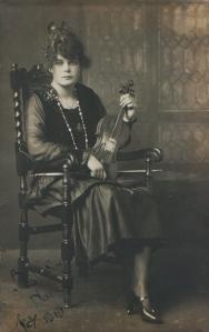 Miss Glum - 1919