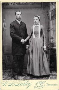 Amish couple c1920